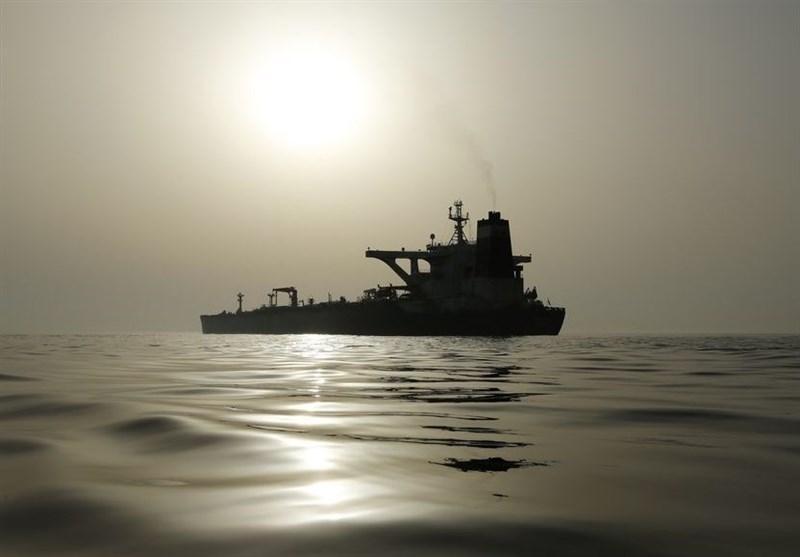 رویترز: نفتکش های ایرانی روز یکشنبه به آب های ونزوئلا می رسند